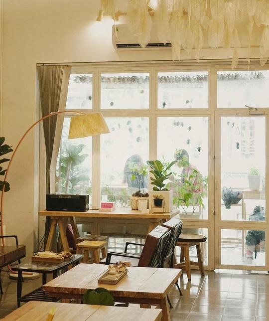 Những quán cà phê phong cách Đà Lạt ở Sài thành - Ảnh 8.