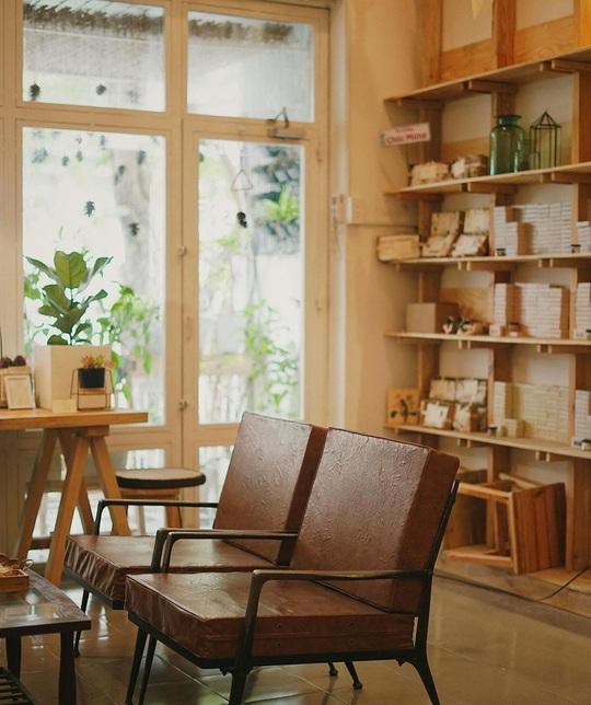 Những quán cà phê phong cách Đà Lạt ở Sài thành - Ảnh 9.