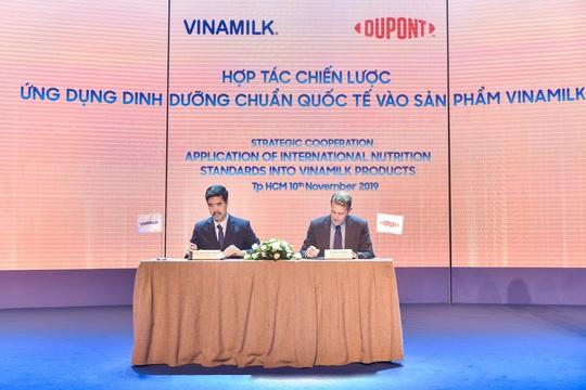 Vinamilk ứng dụng dưỡng chất HMO vào sản phẩm dinh dưỡng trẻ em - Ảnh 1.