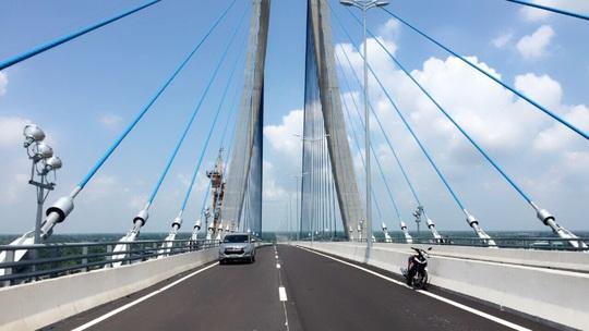 Hạ tầng kết nối đánh thức tiềm năng bất động sản Tây Nam Bộ - Ảnh 1.