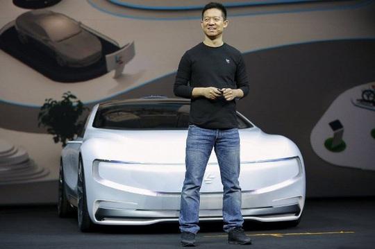 Tỉ phú công nghệ Trung Quốc nợ nần, sống thua người thường - Ảnh 3.