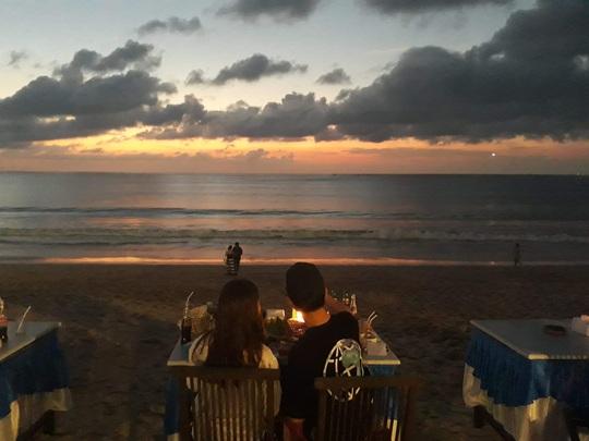 Chiều chuộng mọi giác quan trong bữa tối Bali - Ảnh 3.
