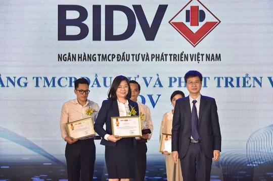 """Dịch vụ Thu hộ học phí của BIDV vào Top 10 """"Tin & Dùng"""" 2019 - Ảnh 1."""