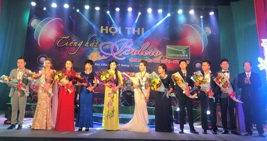 """Hoài Linh giành giải nhất Hội thi """"Tiếng hát Bolero"""" khu vực ĐBSCL - Ảnh 1."""