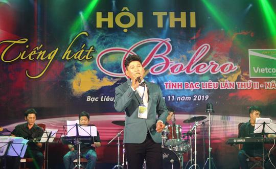 """Hoài Linh giành giải nhất Hội thi """"Tiếng hát Bolero"""" khu vực ĐBSCL - Ảnh 2."""