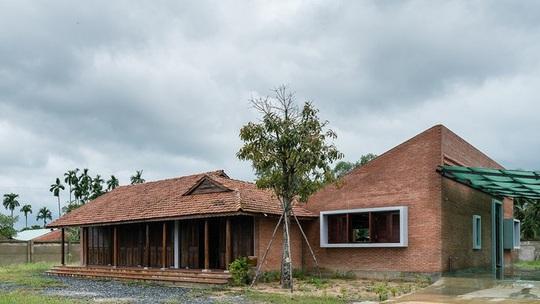 Ngôi nhà truyền thống Nam Bộ đẹp mê mẩn trên báo Tây - Ảnh 2.