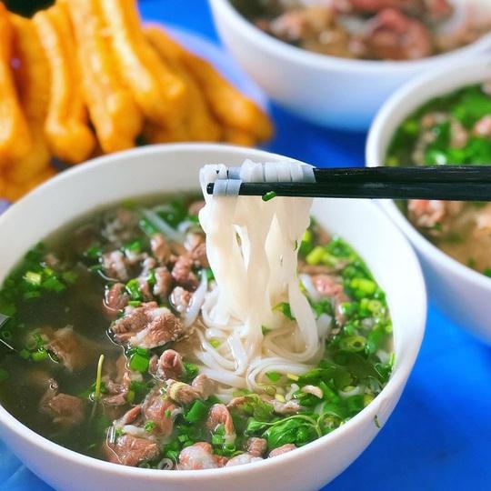 Gợi ý lịch trình ăn uống một ngày ở phố cổ Hà Nội - Ảnh 2.