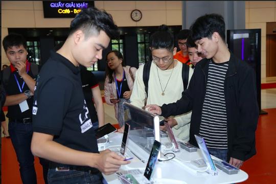 Hàng ngàn tín đồ công nghệ Việt quy tụ tại FPT Techday 2019 - Ảnh 2.