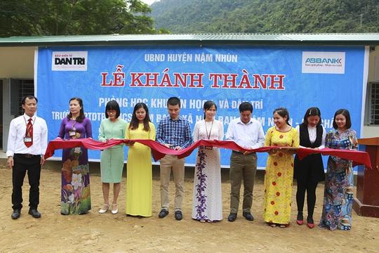 ABBANK trao tặng 4 phòng học cho học sinh bán trú tỉnh Lai Châu - Ảnh 2.