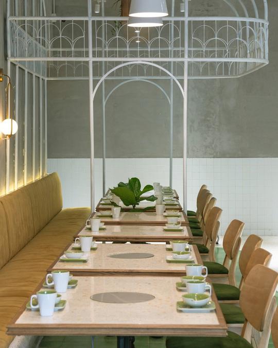 Kiến trúc đặc biệt trong quán ăn Việt Nam được báo ngoại khen nức nở - Ảnh 8.