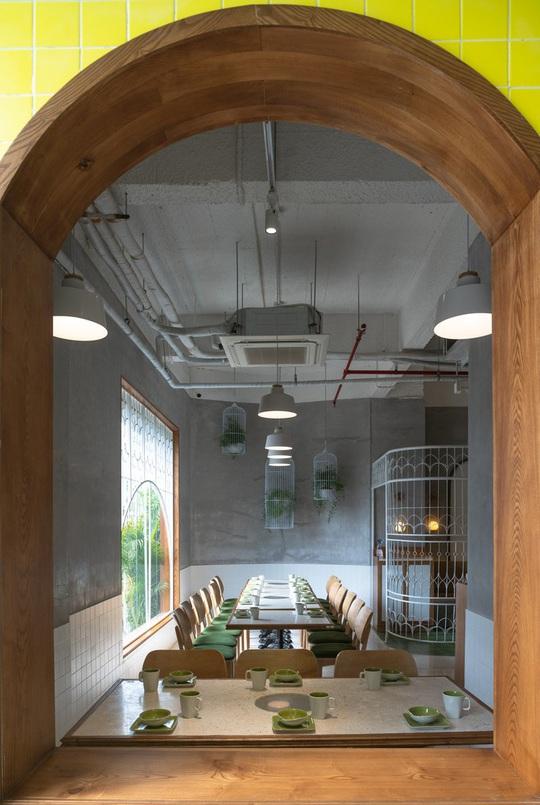 Kiến trúc đặc biệt trong quán ăn Việt Nam được báo ngoại khen nức nở - Ảnh 9.