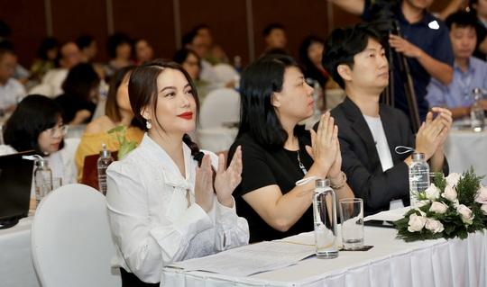 Trương Ngọc Ánh lần đầu làm giám khảo Liên hoan Phim Việt Nam - Ảnh 2.