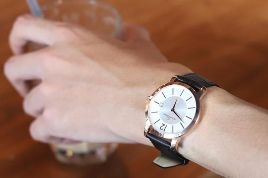 Không thể bỏ lỡ ưu đãi lớn nhất năm: Black Friday - Giảm giá đến 30% tại Đăng Quang Watch - Ảnh 1.