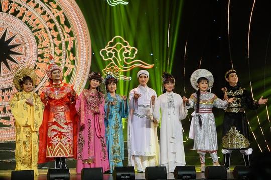 77 nghệ sĩ được TP HCM thưởng thêm trong lễ vinh danh - Ảnh 22.