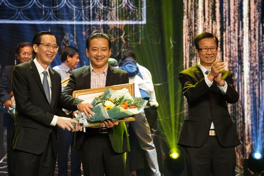 77 nghệ sĩ được TP HCM thưởng thêm trong lễ vinh danh - Ảnh 16.