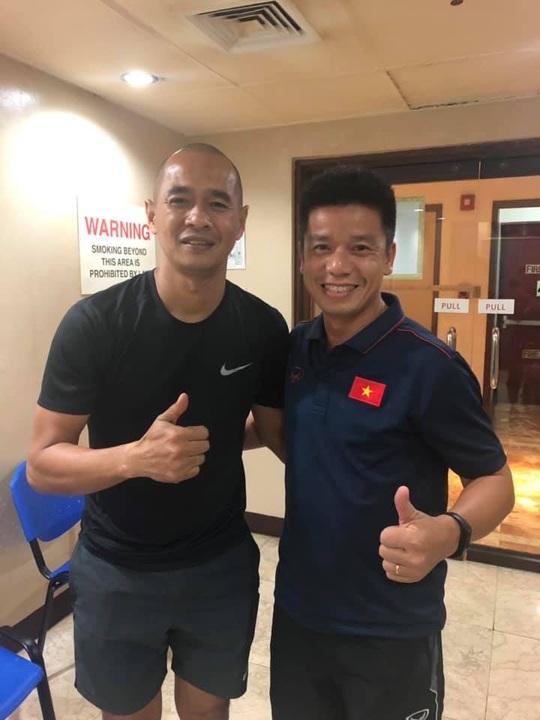 Đến SEA Games, các trợ lí thầy Park bồi hồi gặp lại sao Thái Lan, Indonesia - Ảnh 1.