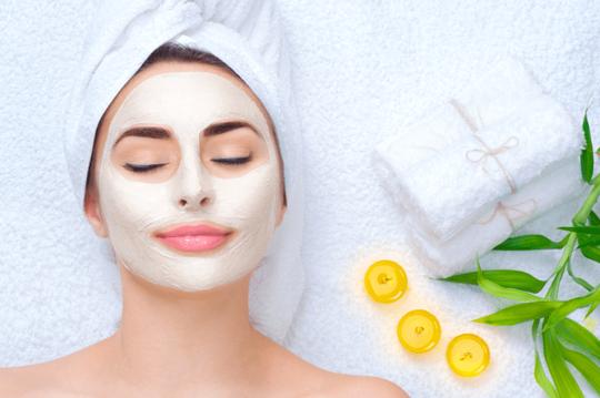 Tự chế các loại mặt nạ giúp da mịn màng, không còn khô nẻ - Ảnh 1.