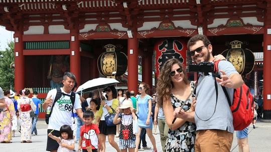 Châu Á đau đầu với du khách nước ngoài quỵt viện phí - Ảnh 3.
