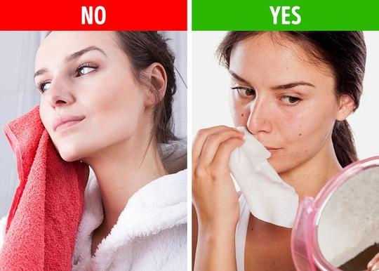 10 thói quen trong phòng tắm đang tàn phá sức khỏe bạn - Ảnh 6.