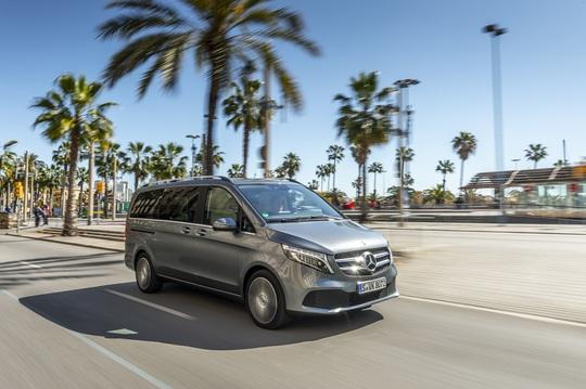 Mercedes-Benz vừa mở thêm đại lý vừa có thêm xe mới - Ảnh 1.