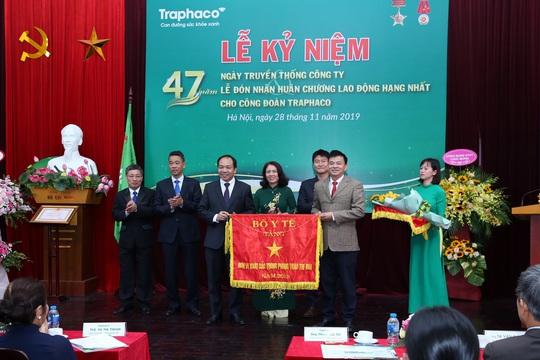 Công đoànTraphaco đón nhận Huân chương lao động hạng Nhất - Ảnh 2.