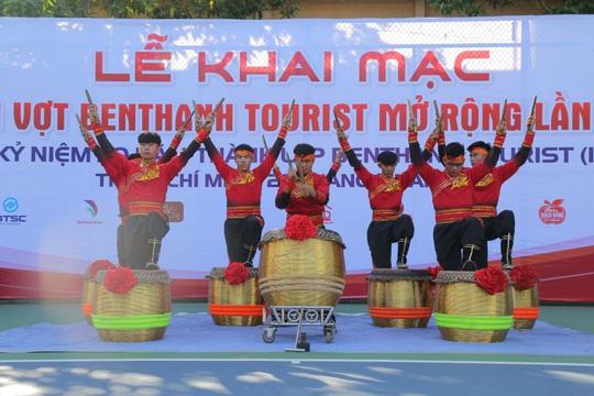 Hơn 400 tay vợt tranh tài tại giải Quần vợt Benthanh Tourist mở rộng lần IV - Ảnh 1.