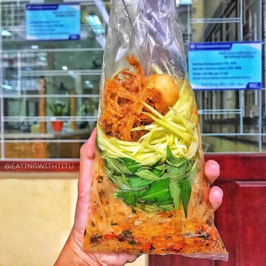 Những khu phố ẩm thực thu hút giới trẻ ở TP HCM - Ảnh 15.