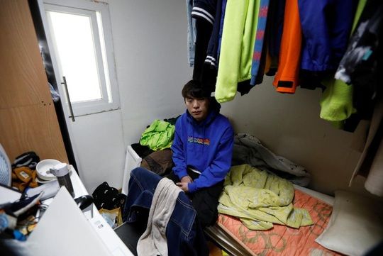 Thìa bẩn nổi giận, dồn ép tổng thống Hàn Quốc - Ảnh 2.
