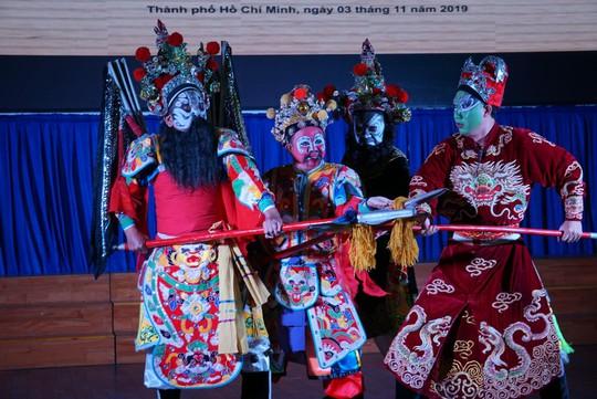 Biết cách làm, nghệ thuật hát bội sẽ được khán giả trẻ say mê  - Ảnh 6.