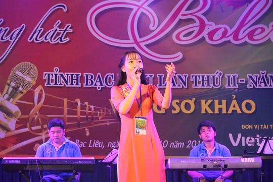 Cụ ông 91 tuổi hát rất ngọt tại Hội thi Tiếng hát Bolero tỉnh Bạc Liêu - Ảnh 3.