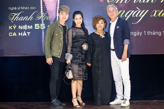 NSND Thanh Hoa hoàn thành sứ mệnh của một nghệ sĩ hát sau 55 năm trên con đường âm nhạc - Ảnh 2.