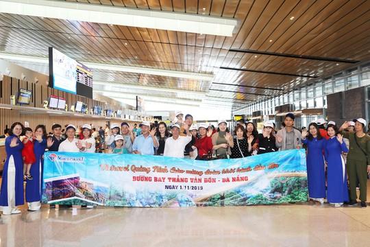Ngập tràn ưu đãi cho chặng bay Vân Đồn - Đà Nẵng - Ảnh 2.