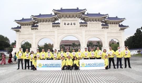 Hướng dẫn viên Lữ hành Saigontourist thể hiện xuất sắc tại Hội thi Hướng dẫn viên TP HCM - Ảnh 1.