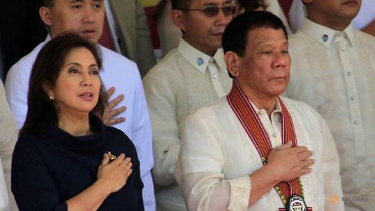 """Ông Duterte đẩy """"tảng đá"""" cho cấp dưới gánh - Ảnh 1."""