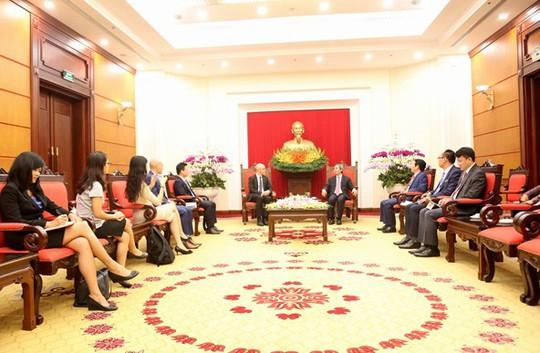 Facebook thông báo mở rộng sản xuất sang Việt Nam - Ảnh 2.