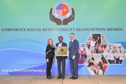 AmCham vinh danh các doanh nghiệp có hoạt động trách nhiệm xã hội nổi bật - Ảnh 1.