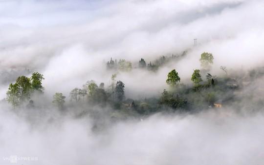 Y Tý mùa săn mây - Ảnh 3.