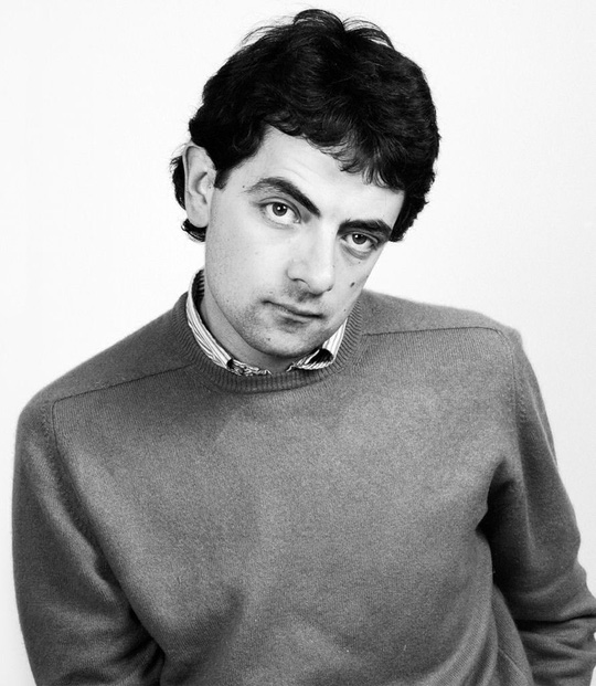 Đời tư gây tranh cãi của tài tử Mr. Bean - Ảnh 3.