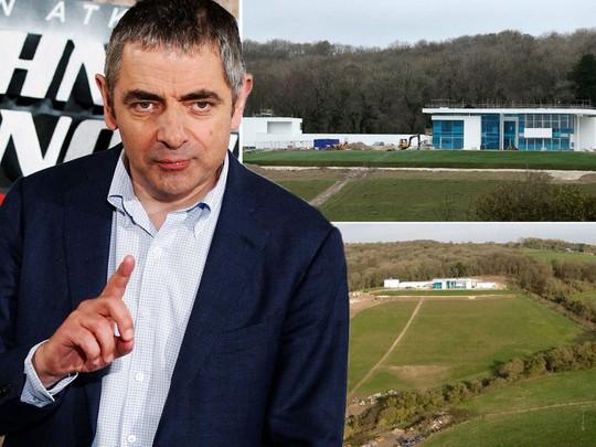 Đời tư gây tranh cãi của tài tử Mr. Bean - Ảnh 5.