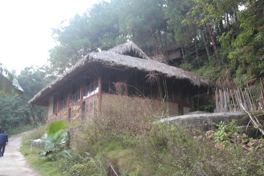 Cận cảnh công trình bí mật trên núi ở Lạng Sơn nghi là phim trường của nhóm người Trung Quốc - Ảnh 9.