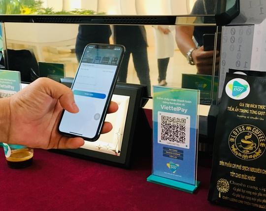 Nhiều ngân hàng muốn hợp tác với AliPay, Wechatpay - Ảnh 1.
