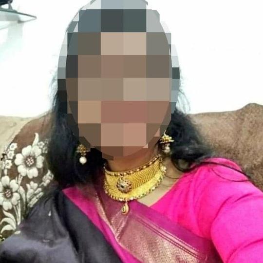 Ấn Độ: Hãm hiếp tập thể, đốt xác nữ bác sĩ trẻ - Ảnh 2.