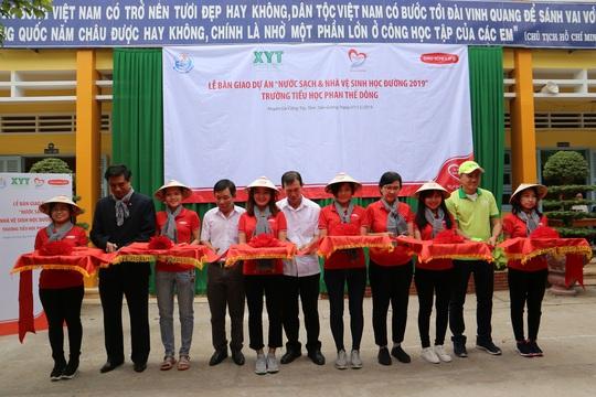 Quỹ Vì cuộc sống tươi đẹp bàn giao công trình nước sạch tại Tiền Giang - Ảnh 1.