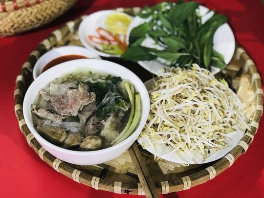 10 quán phở Việt được yêu thích năm 2019 - Ảnh 1.