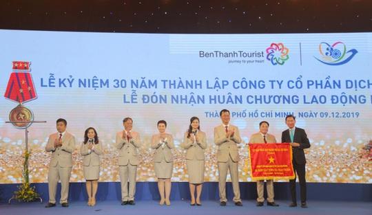 Kỷ niệm 30 năm thành lập Benthanh Tourist đón Huân chương Lao động hạng Nhất - Ảnh 4.