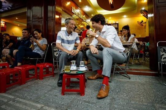 4 địa chỉ ẩm thực từng đón chính khách nổi tiếng - Ảnh 2.