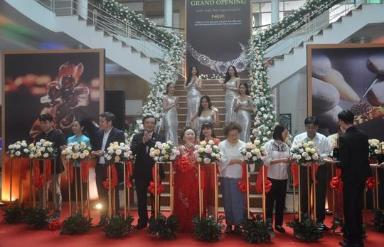 Khai trương showroom Nguyên Kim Jewelry tại TP HCM - Ảnh 1.
