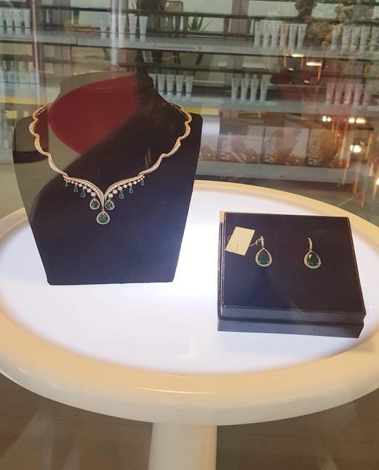 Khai trương showroom Nguyên Kim Jewelry tại TP HCM - Ảnh 3.