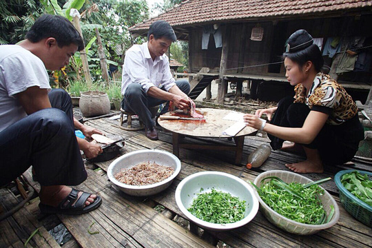 Gỏi cá- Món ăn dịp Tết của người Tây Bắc - Ảnh 1.
