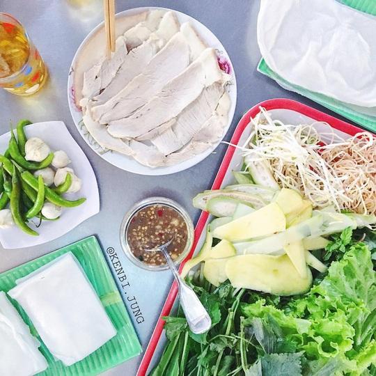 4 địa chỉ bánh tráng thịt heo ngon ở Đà Nẵng - Ảnh 6.